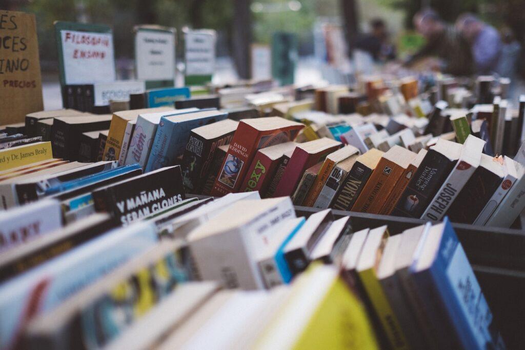 Bancarella libri usati